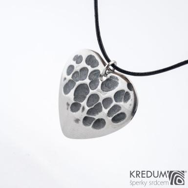 Trsátko ocel nerez kov - Heart s očkem