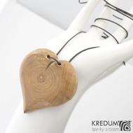 Jabloňové srdce - Ručně vyrobený  dřevěný přívěsek, SK1485