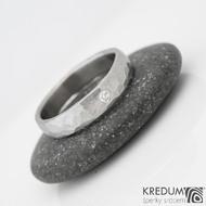 DRAILL + čirý diamant 2 mm - Prsten kovaný z nerezové oceli