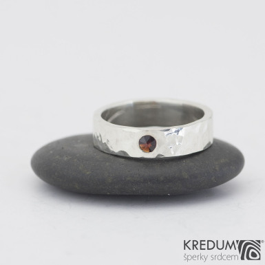 Silver draill a broušený granát 3 mm - Stříbrné snubní prsteny