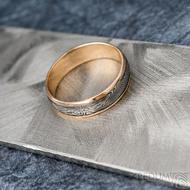 Kasiopea red S1636 - Snubní prsteny, kombinace zlata a damasteel oceli - 62, šířka 5,7 mm, tloušťka 1,4 mm, TW, 75% TM, profil B (6)
