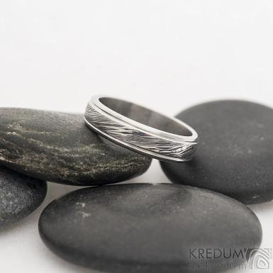 Kasiopea Steel - 52, šířka 4,5 mm, tloušťka 1,5 mm, voda lept 75% TM, profil B - Damasteel snubní prsteny - sk2479 (3)