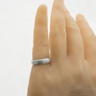 Kasiopea Steel, voda světlá - 53 CF, šířka 5,1 mm, tloušťka 1,6 mm - Kovaný snubní prsten, SK2980 (7)