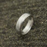 Kasiopea Steel, voda světlá - 53 CF, šířka 5,1 mm, tloušťka 1,6 mm - Kovaný snubní prsten, SK2980