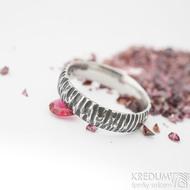 Klasik Bark tmavý - Kovaný nerezový snubní prsten - SK1871