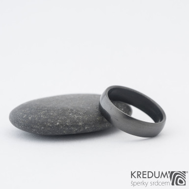 Klasik lesklý DLC - Kovaný nerezový snubní prsten, SK1185