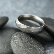 Klasik Draill matný - velikost 58 s vnitřním zaoblením, šířka 5 mm, tloušťka 1,5 mm - Kovaný prsten z nerezové oceli, SK2104 (4)