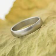 Klasik - matný - Kovaný nerezový snubní prsten - velikost 51, šířka 4 mm - produkt SK3130