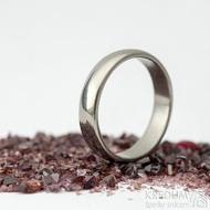 Klasik titan - lesklý - velikost 57, šířka 4,5 mm, tloušťka 1,5 mm, profil B - Kovaný prsten, SK2124 (4)