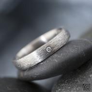 Klasik ttian hrubý mat a diamant 1,5 mm - velikost 56, šířka 3,5 mm, tlosšťka STŘ, profil E