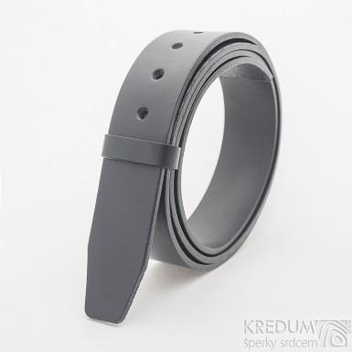 Kožený pásek 4X - délka 135 cm - barva černá