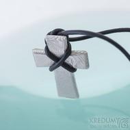 Křížek, dřevo - Přívěsek damasteel, produkt SK2419, lept 75%, světlý a lesklý