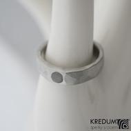 Klasik Draill a kabošon růženín 3 mm - Kovaný snubní prsten - produkt č. 1022