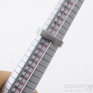 Kulatýčtvereček - 53, šířka 5,2 mm, matný - Kovaný nerezový snubní prsten, SK2458