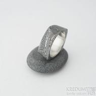 Kumali - dřevo lept 100% TM, šířka 8 mm, velikost 61 - Damasteel prsten - et 1937 (6)