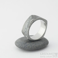 Kumali - dřevo lept 100% TM, šířka 8 mm, velikost 61 - Damasteel prsten - et 1937 (7)