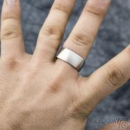 Kumali nerez -velikost 67 CF, šířka 10,6 mm, tloušťka 1,8 mm, mat - Kovaný nerezový snubní prsten, SK1291 (2)
