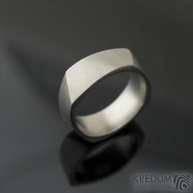 Kumali titan - 54, šířka 7 mm, střední, matný, s vnitřním zaoblením - Titanové snubní prsteny, K 2250
