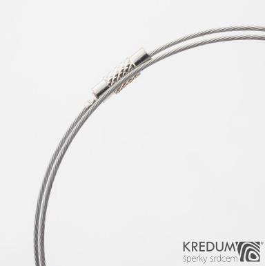 Nylonové lanko s ocelovou strunou - stříbrná barva - šroubovací uzávěr