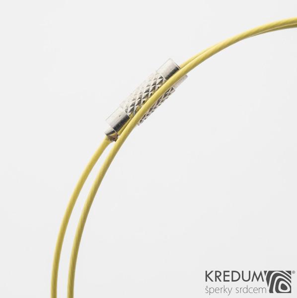Žluté nylonové lanko s ocelovou strunou - šroubovací uzávěr