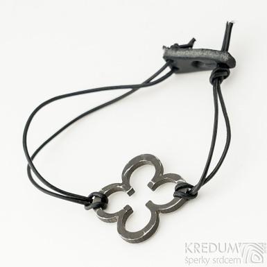Layout 4leaf black - Kožený náramek s kovanou ozdobou (2)