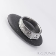 LEILA a čirý diamant 2,7 mm - kovaný prsten damasteel