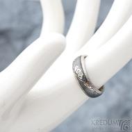 Luna s tepanými okraji - dřevo - Stříbrné snubní prsteny a damasteel - 53, šířka 5,8 mm, tloušťka 1,5 mm, 100% TM, B - S1354 (2)