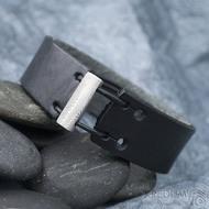 Manus 20 Damast S černý - struktura dřevo - kožený náramek, produkt SK1783