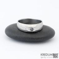 MiniAlane - čárky 50% světlý, velikost 50, do klínu 5,5 mm hlava 4 mm do dlaně + černý diamant 2,3 mm - Damasteel snubní prsten, et 1635 (3)