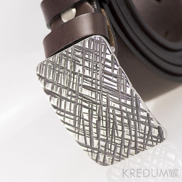 Kovaná nerez spona - Mistr 3X - Mřížka a hnědý pásek