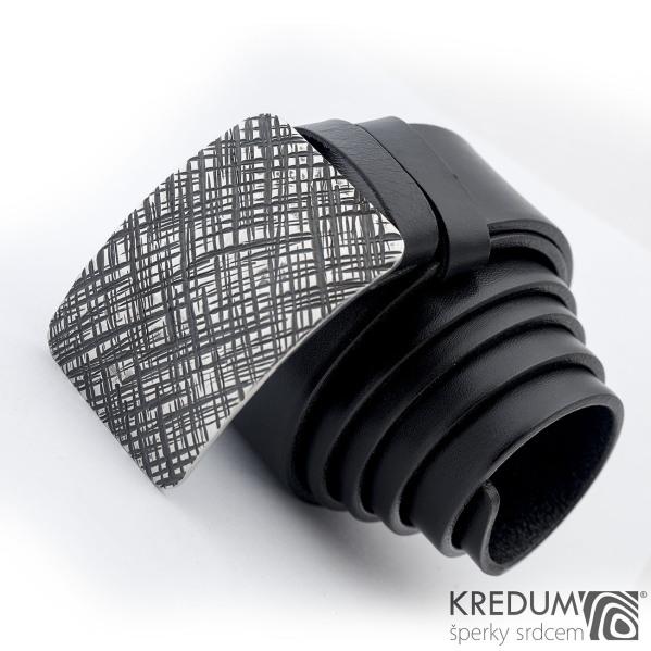 Kovaná nerez spona Mistr 4X - Mřížka a černý kožený pásek