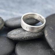 Mokume gane a diamant 2 mm - Stříbro + palladium - velikost 52, šířka 5,4 mm, tloušťka 1,4 mm, profil C - Zásnubní prsten, SK1789 (2)