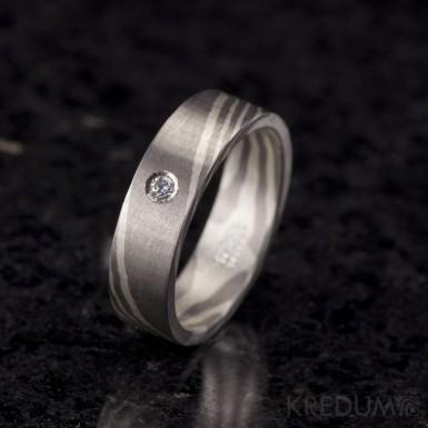 Mokume Gane - stříbro a palladium + diamant 2 mm