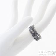 Natura - 60, šířka 8,5 mm, tloušťka střední, struktura dřevo - Snubní prsten nerezová ocel damasteel, SK2465 (2)