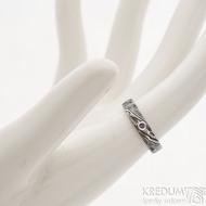 Natura a broušený ametyst 2 mm do Ag - 48,5, šířka 4 mm, dřevo 100% zatmavené - Damasteel snubní prsteny