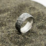 Natura, dřevo - 62, šířka 8,5 mm, povrch zatmavený, s vnitřním zaoblením - Damasteel snubní prsten - sk2979 (5)