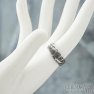 Natura - velikost 61, šířka 6,5 mm, tloušťka 1,3 mm, dřevo - lept 100% TM - Damasteel snubní prsteny - sk1974 (2)