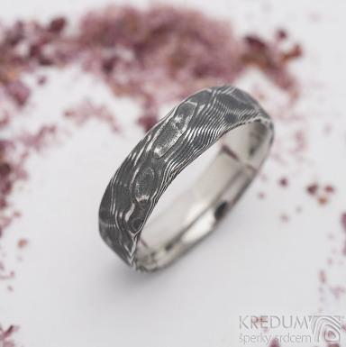Natura - dřevo - Snubní prsten z oceli damasteel