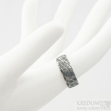 Natura voda - velikost 52, šíšřka 6,5 mm, tlouš´tka slabá, lept 100% TM  Damasteel snubní prsteny - k 2051