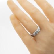 Natura white, voda - Snubní prsten nerezová ocel damasteel, produkt SK3246 - na umělé ruce