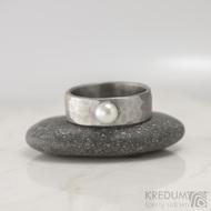 Draill s perlou - Skladový prsten kovaná nerezová ocel - S1641