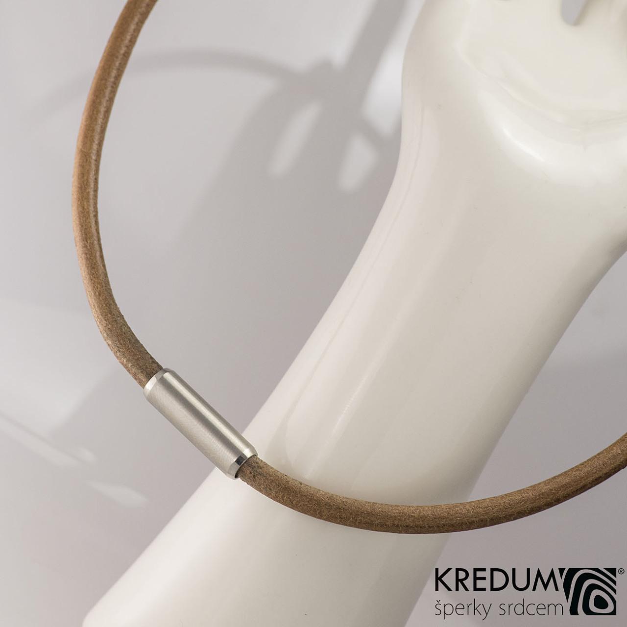 Kožený náhrdelník - Samuel hnědý - jemný mat - Výroba hand made ... fbe6b06188b