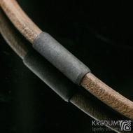 Kožený náhrdelník - Samuel hnědý - tmavý korálek