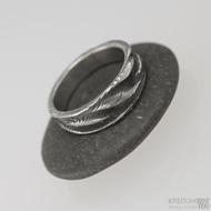 Pán vod, dřevo - 55,5 šířka do klínu 4,5 - 6,8 mm, tloušťka 1,7 mm, lept 100% TM, - Damasteel snubní prsteny, S1547 (3)