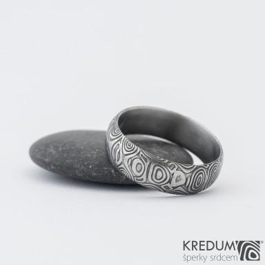 Prima kolečka - Kovaný snubní prsten z oceli damasteel, SK1282
