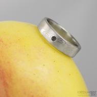 PRIMA a černý diamant 1,7 mm - dřevo - Snubní prsten kovaná nerezová ocel damasteel,S1470
