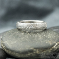 Prima a čirý diamant 1,5 mm, voda - 49, šířka 4 mm, tloušťka 13,6 mm, lept 75% SV, B - Damastele snubní prsteny, SK2117 (5)