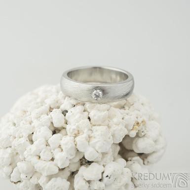 Siona a diamant 2,7 mm - velikost 51, šířka 5 mm, tloušťka 2 mm, voda lept 50% světý lesk, B - Damasteel zásubní prsten - k 2149 (2)