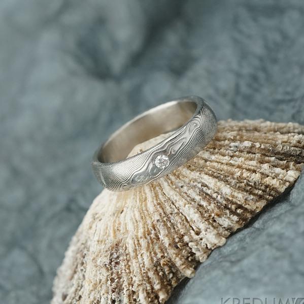 Prima a diamant 2 mm - 52, šířka 4,5 mm,tloušťka tsřední, dřevo lept 75% světlé, profil B - Zásnubní prsten damasteel - k 2161 (2)