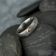 Prima a ohnivý granát do Ag - vel 50, š 4,5 mm, tl. 1,6 mm, dřevo - lept 75% SV, profil E - Damasteel snubní prsteny - sk2060 (7)